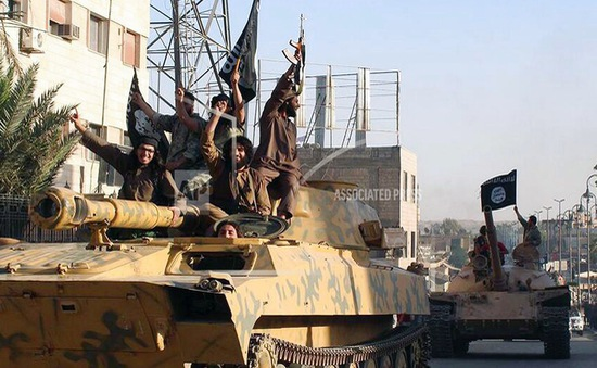 IS bắt giữ gần 700 con tin ở Syria