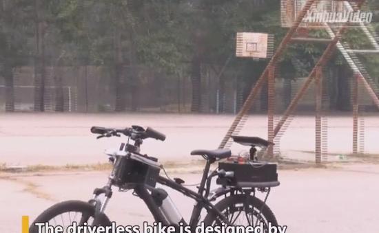 Trung Quốc phát minh xe đạp tự cân bằng