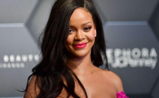 Rihanna nói không với Super Bowl