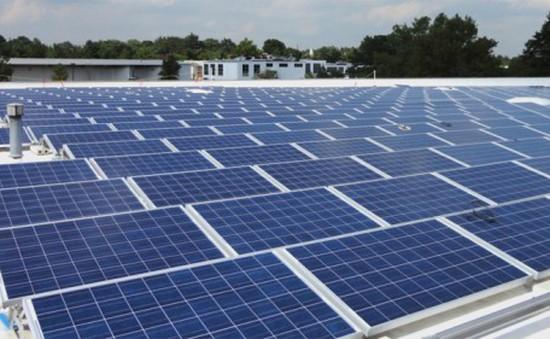 Làm cách nào để pin mặt trời mang điện tới các vùng nông thôn?