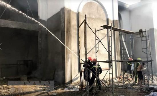 Nghệ An: Kịp thời dập tắt đám cháy tại trung tâm thương mại, khách sạn