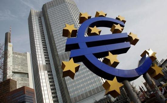 ECB giữ nguyên lãi suất đồng Euro