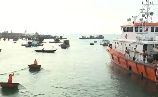 Chào buổi sáng cùng các thủy thủ trên tàu cứu nạn hàng hải