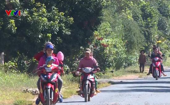 Gia Lai: Cả xã không đội mũ bảo hiểm khi tham gia giao thông