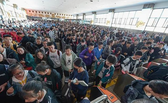 """""""Biển người"""" tại các điểm du lịch trong tuần nghỉ lễ Quốc khánh Trung Quốc"""