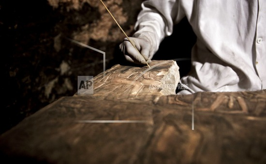 Phát hiện hàng nghìn hiện vật cổ thời kỳ đồ đá tại Pháp