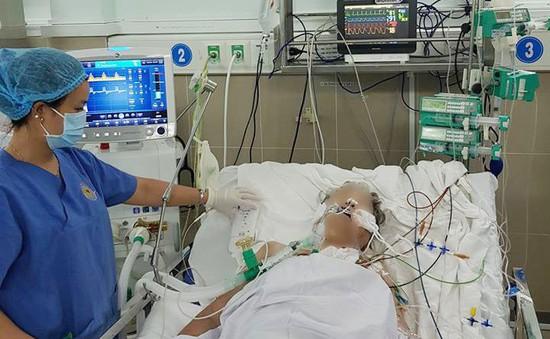 Bệnh viện quận cứu sống bệnh nhân nguy kịch bị hội chứng hô hấp cấp