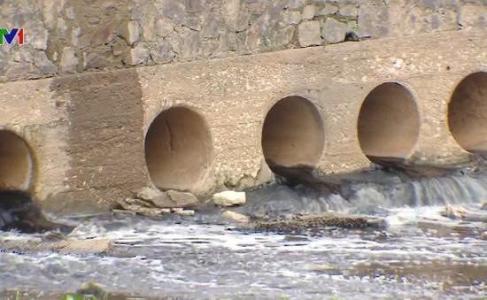 Sông Đáy bị ô nhiễm nghiêm trọng: Hệ lụy từ nước thải