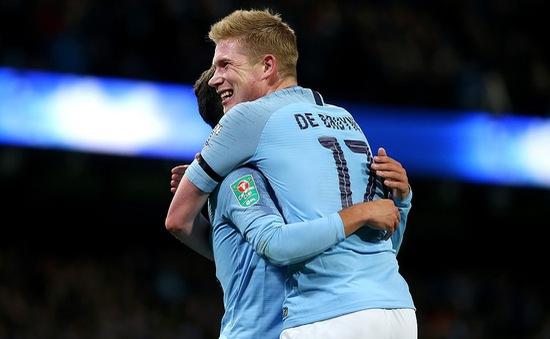 Man City giành quyền vào tứ kết cúp Liên đoàn Anh