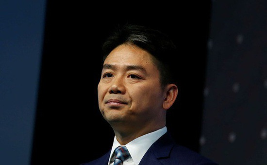 CEO JD.com rút khỏi hoạt động kinh doanh chính sau bê bối tại Mỹ