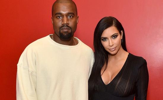 Kim Kardashian và Kanye West tặng 100.000 USD cho lính cứu hỏa thoát chết trong vụ cháy rừng ở California