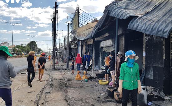 Cuộc sống chồng chất khó khăn của người dân sau vụ hỏa hoạn do xe bồn