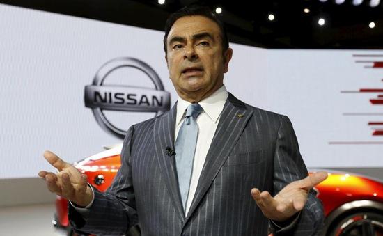 Nissan cách chức Chủ tịch Carlos Ghosn
