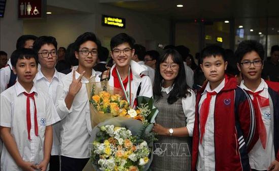 """Học sinh Hà Nội đạt thành tích cao tại Cuộc thi """"Vô địch các đội tuyển Toán thế giới"""" năm 2018"""