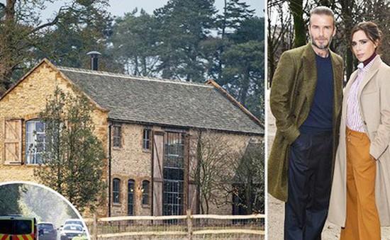 """Nhà của David và Victoria Beckham lại bị trộm """"ghé thăm"""""""