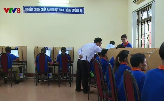 Thừa Thiên Huế: Đào tạo nghề lái xe cho thanh niên vùng biển