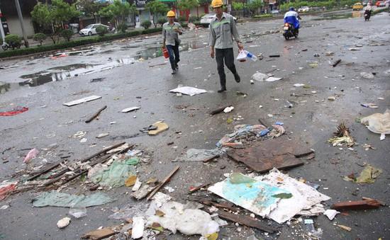 TP.HCM yêu cầu khẩn cấp giám sát rác thải sau bão số 9
