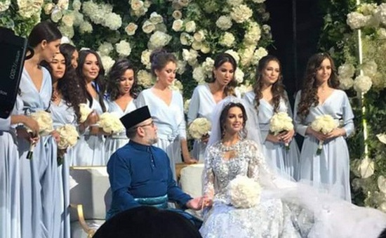 Nhà vua Malaysia kết hôn với Hoa hậu Moscow của Nga