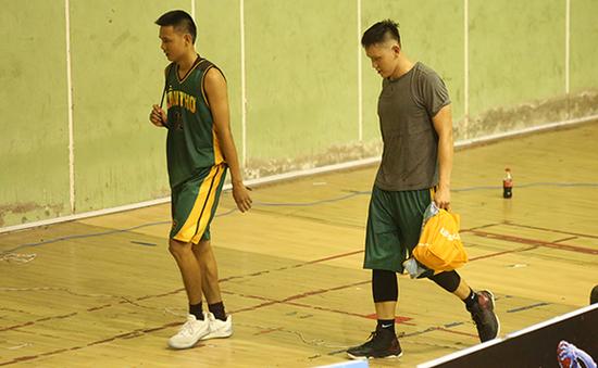 Án phạt 10 năm cho cầu thủ bóng rổ Cần Thơ đánh trọng tài