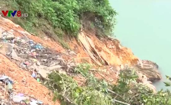 Khánh Hòa: Sạt lở bờ sông gây nguy hiểm cho 40 hộ dân
