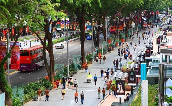 Từ 1/1/2019, cấm hút thuốc lá tại phố đi bộ ở Singapore