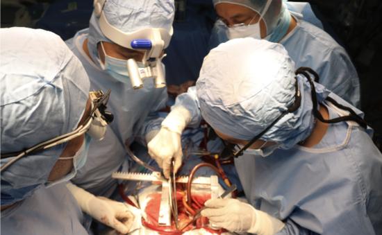 Phát triển kỹ thuật phẫu thuật tim hở ở bệnh viện tuyến dưới