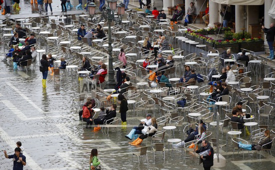 Mưa bão gây thiệt hại nghiêm trọng ở Italy