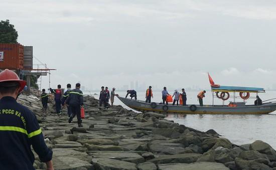Tàu chở dầu đâm vào cầu cảng Liên Chiểu, Đà Nẵng