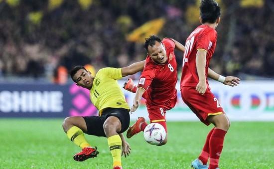 """VIDEO: Những động tác """"thừa thãi"""" của ĐT Malaysia trong trận chung kết AFF Cup 2018"""
