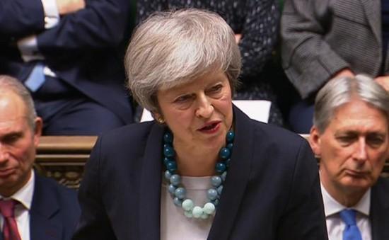 Thủ tướng Anh Theresa May vượt qua cuộc bỏ phiếu bất tín nhiệm