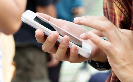 California, Mỹ sẽ bỏ phiếu về việc đánh thuế nhắn tin vào tháng sau