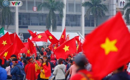 ẢNH: Mỹ Đình mở hội trước trận chung kết lượt về AFF Cup 2018, ĐT Việt Nam - ĐT Malaysia