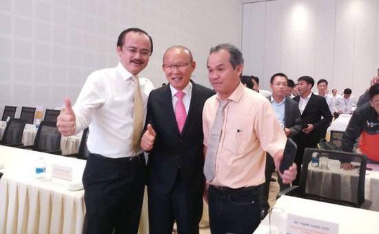 """HLV Park Hang Seo hội ngộ """"bầu"""" Đức, """"bầu Thắng"""" tại Quảng Nam"""