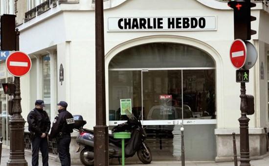 Pháp bắt giữ đối tượng đứng sau vụ tấn công tòa soạn báo Charlie Hebdo