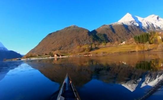Trải nghiệm chèo thuyền Kayak ở Na Uy