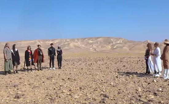 The Face Vietnam 2018 - Tập 12: Top 6 đối diện thử thách chụp ảnh trên sa mạc nắng nóng