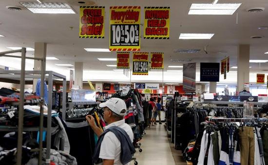 Doanh số bán lẻ ở Mỹ mùa nghỉ lễ cao nhất 6 năm qua