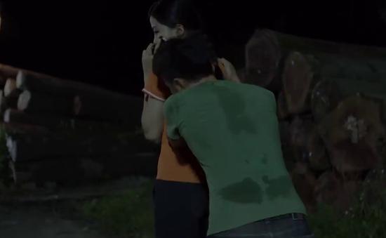 Những cô gái trong thành phố - Tập 4: Mai bị xâm hại ở bãi đất hoang, 2 chị có giải cứu kịp?