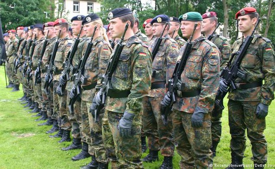Quân đội Đức xem xét tuyển dụng nhân sự từ các nước EU