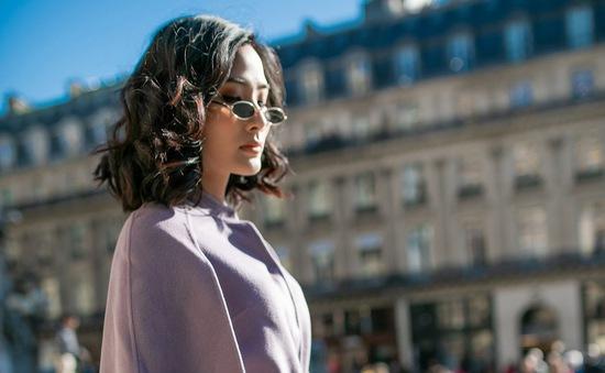 Hoàng Thùy khoe gu thời trang sành điệu tại Paris