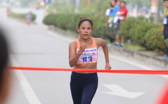 Môn Điền kinh Đại hội TTTQ 2018: Chị em Thanh Phúc, Thành Ngưng giành 2 HCV cuối cùng