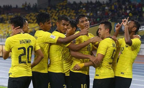 Kết quả AFF Cup 2018: Hoà kịch tính 2-2, ĐT Malaysia hạ bệ ĐKVĐ Thái Lan để giành quyền vào chung kết!