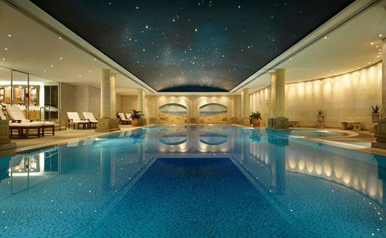 Chiêm ngưỡng những bể bơi trong nhà lộng lẫy bậc nhất thế giới