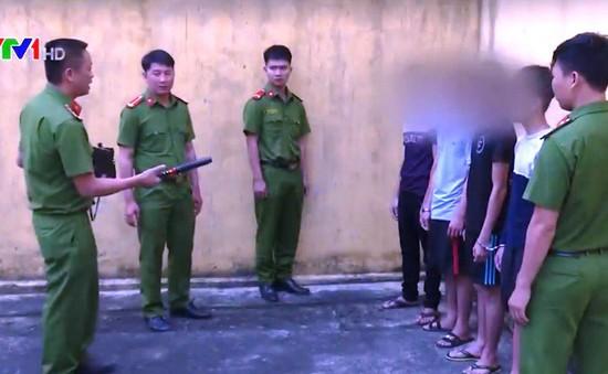 Bắt nhóm cướp chuyên dùng hơi cay tại Đắk Lắk