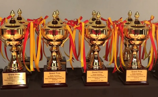 Việt Nam giành 3 HCV tại Giải thưởng quốc tế về Khoa học và Công nghệ 2018
