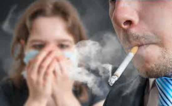 Tác hại của thuốc lá đến thị lực
