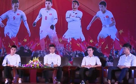 VIDEO: Tỉnh Hải Dương chào đón 4 cầu thủ U23 Việt Nam