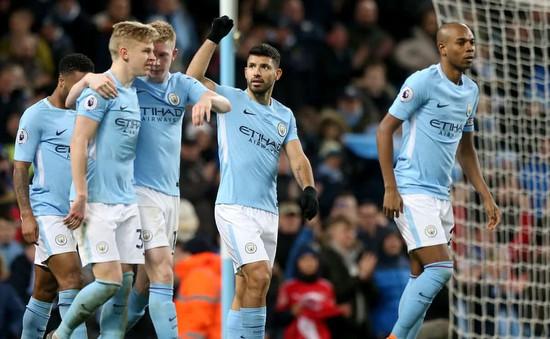 Aguero lập poker giúp Man City đè bẹp Leicester