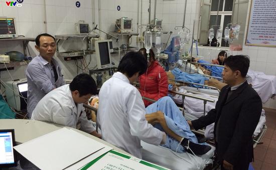 Số ca cấp cứu tăng đột biến, bệnh viện hết máy thở