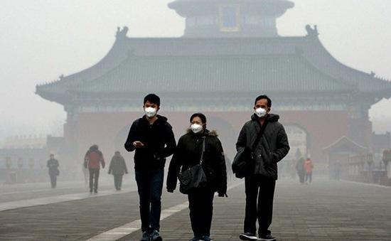 Khói mù bao vây Bắc Kinh dịp Tết